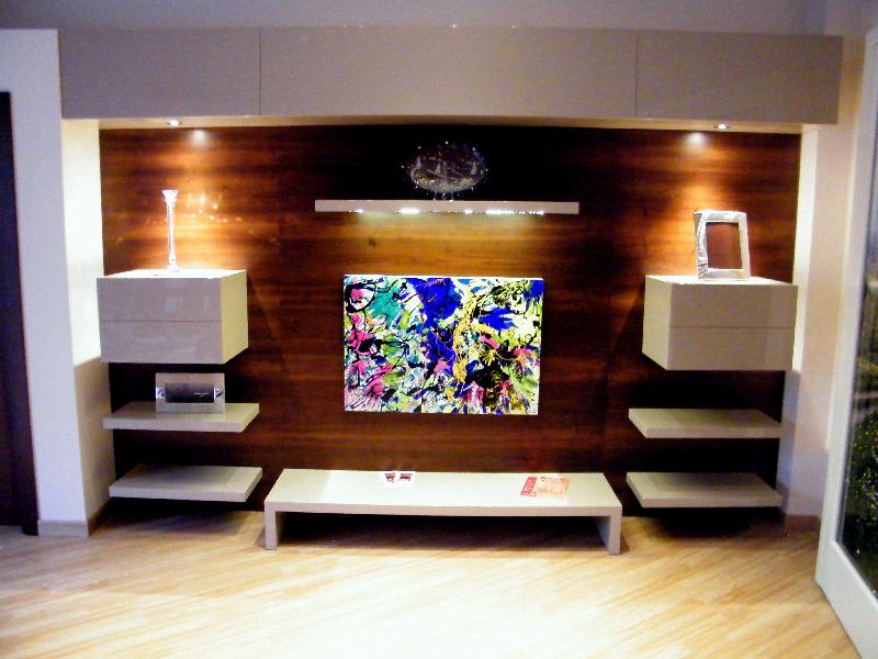 Galleria fotografica falegnameria ari arredamenti for Parete decorata moderna